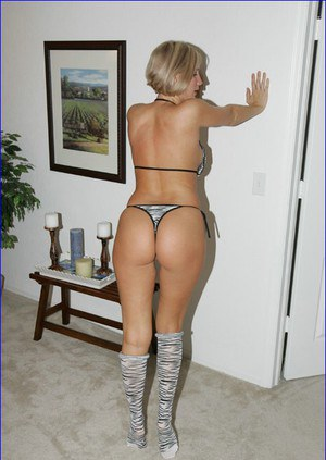 Naked Housewife Ass Pics