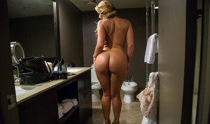 Naked Bathing Ass Pics