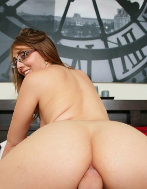 Naked Glasses And Ass Pics
