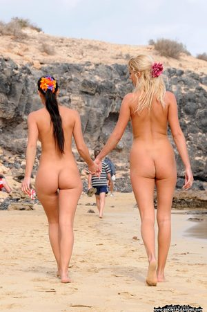 Naked Beach Ass Pics